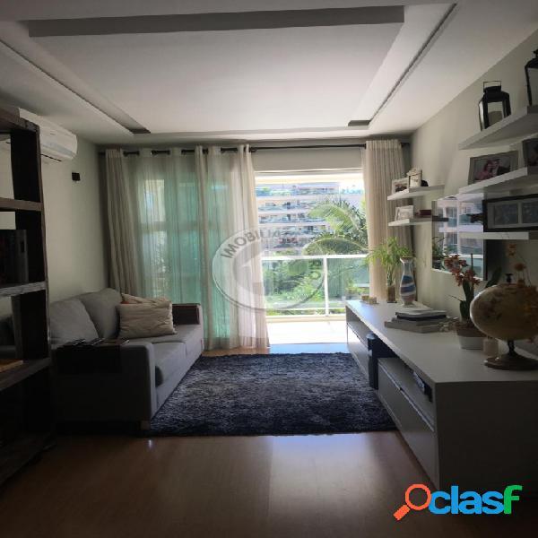 Apartamento condomínio Le Parc com 100m², 2 quartos, 1 suíte, barra