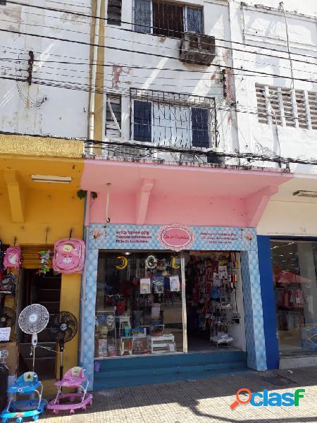 Alugo excelente loja, guilherme moreira, ao lado da loja tropical. pça tenreiro aranha - manaus amazonas am