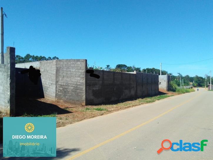 Terreno em mairiporã todo murado com área de 590 m²