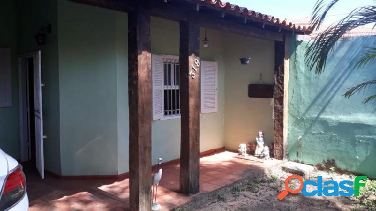 Casa com 2 dorms em são pedro da aldeia - balneário são pedro por 300 mil à venda