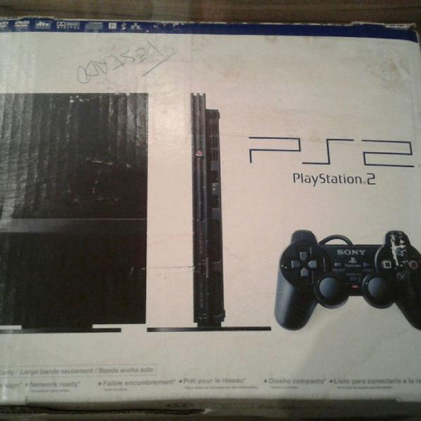 Playstation 2 na caixa