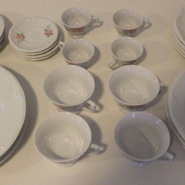 Aparelho de jantar, chá e café porcelana schmidt 28 peças