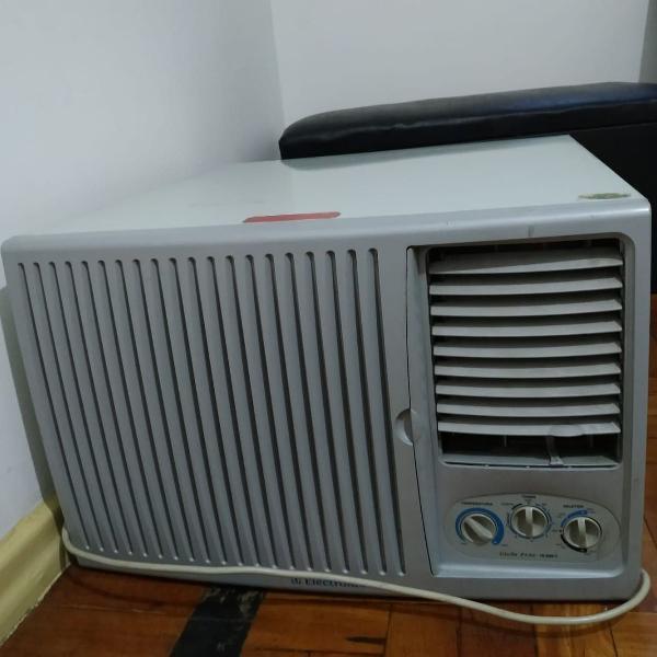 Ar condicionado de janela 10.000 btus, electrolux,