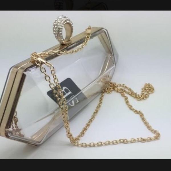 Bolsa clutch transparente estilo chanel