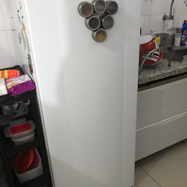 Geladeira consul frost free 342 litros branca com gavetão