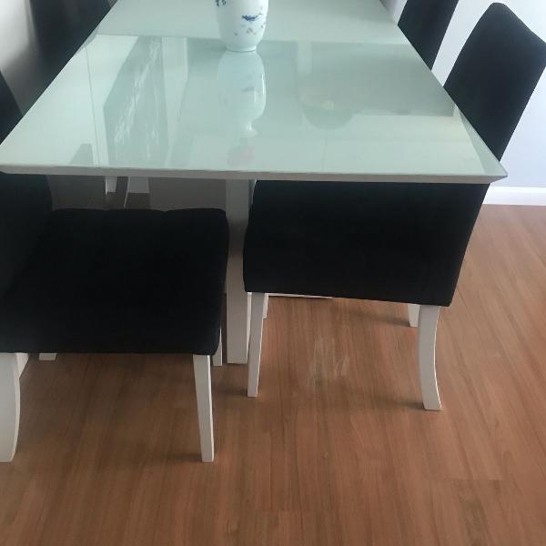 Mesa laca 4 cadeiras