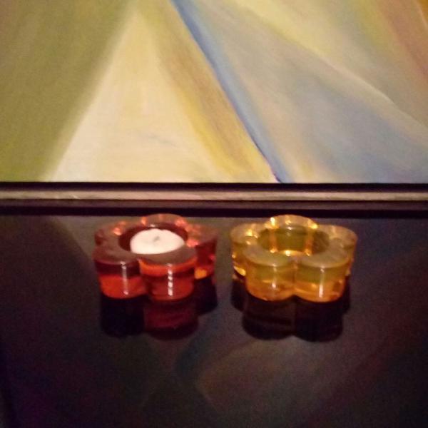 Porta velas coloridos em vidro maciço