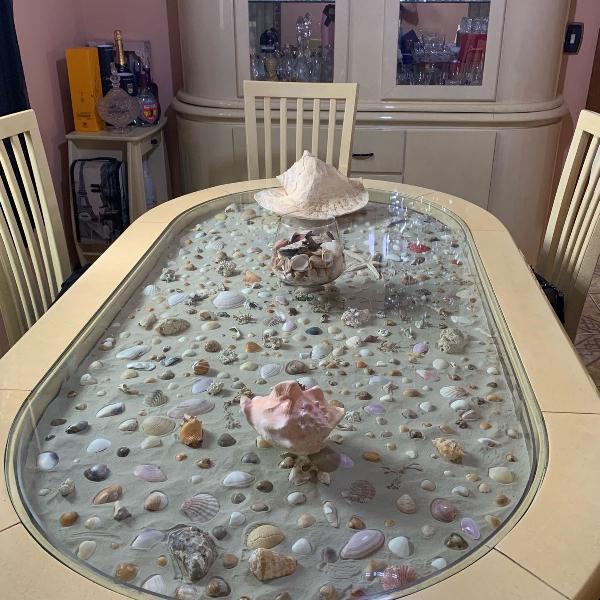 Sala jantar mar com 6 cadeiras