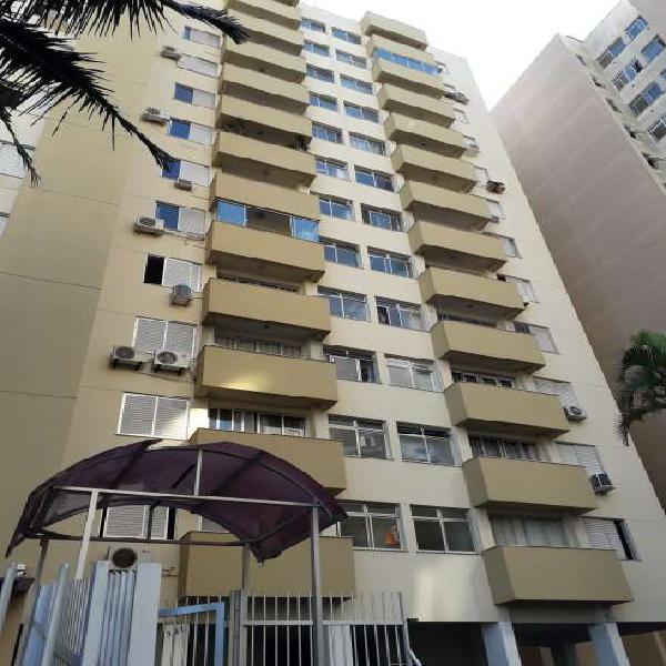 Apartamento com 1 quarto à venda, 49 m² por r$ 240.000