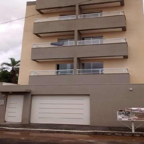 Apartamento com 3 quartos à venda, 82 m² por r$ 265.000