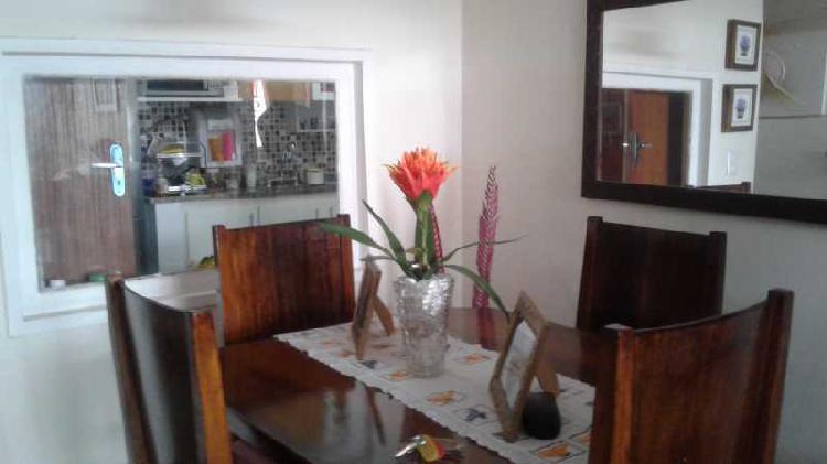 Apartamento com 3 quartos à venda, 87 m² por r$ 315.000