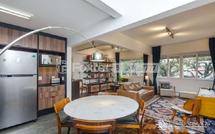 Apartamento com 3 Quartos à Venda, 98 m² por R$ 447.000