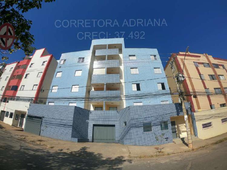 Apartamento com 3 quartos para alugar, 10 m² por r$