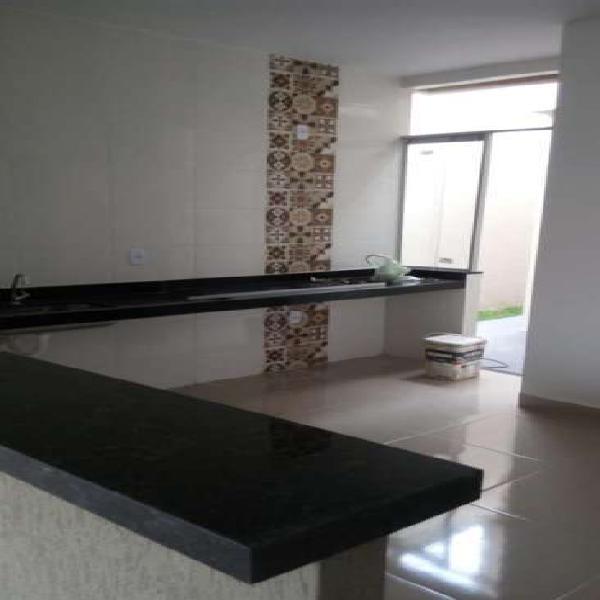 Casa com 2 quartos à venda, 72 m² por r$ 143.000 cod.