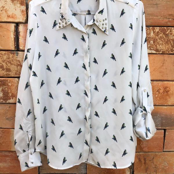 Camisa estampa pássaros