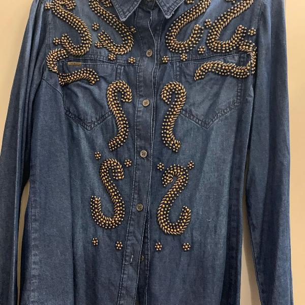Camisa jeans bordada linda!