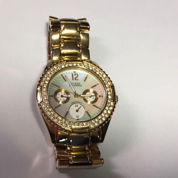 Relógio original guess dourado