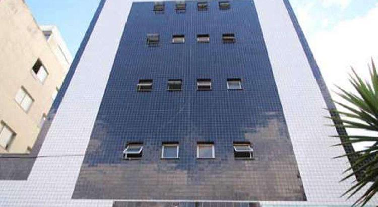 Apartamento, sagrada família, 2 quartos, 2 vagas, 1 suíte