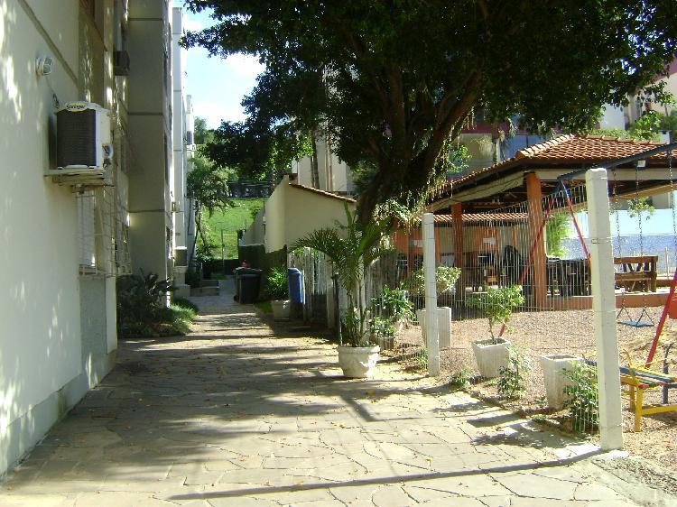 Apartamento com 1 quarto para alugar, 44 m² por r$ 650/mês