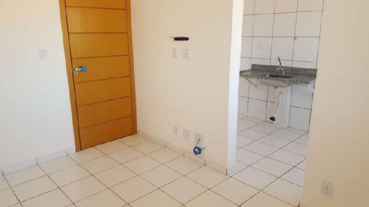 Apartamento com 2 quartos para alugar, 42 m² por r$