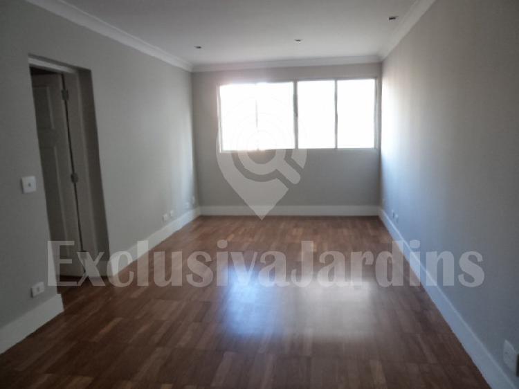 Apartamento com 2 quartos para alugar, 90 m² por r$