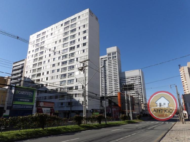 Apartamento com 3 Quartos para Alugar, 123 m² por R$