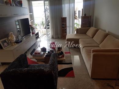 Apartamento com 4 quartos para alugar, 171 m² por r$