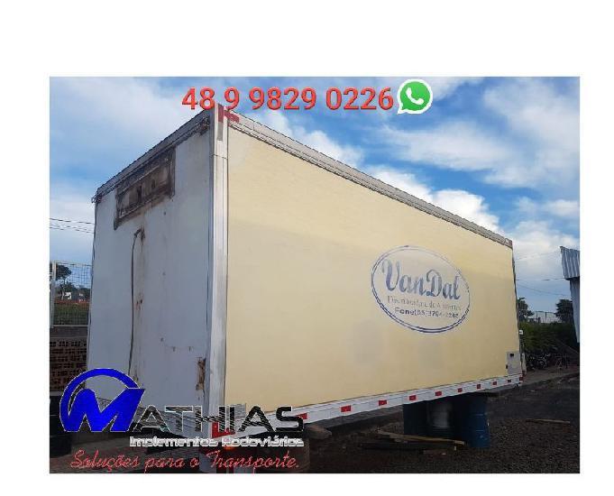 Baú frigorífico 6,50m caminhão toco