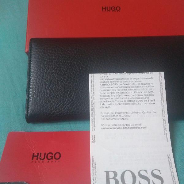 Carteira feminina hugo boss original de couro! nunca usada!