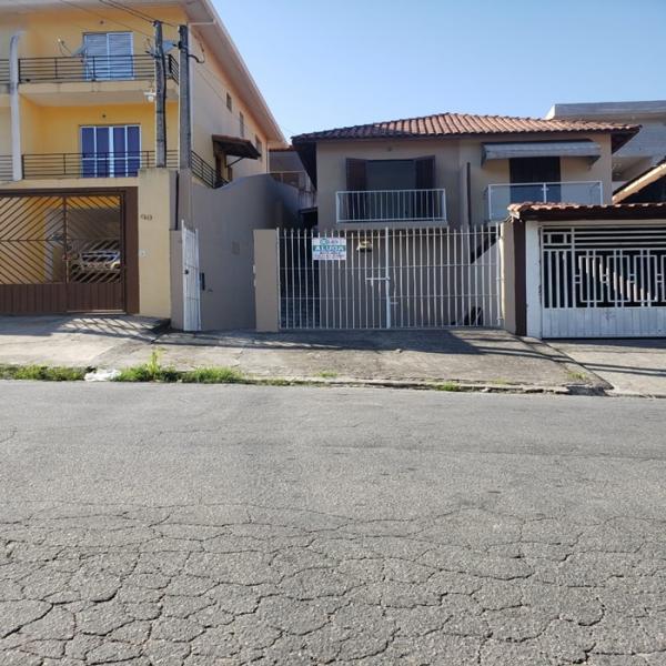 Casa com 2 quartos para alugar, 102 m² por r$ 1.500/mês