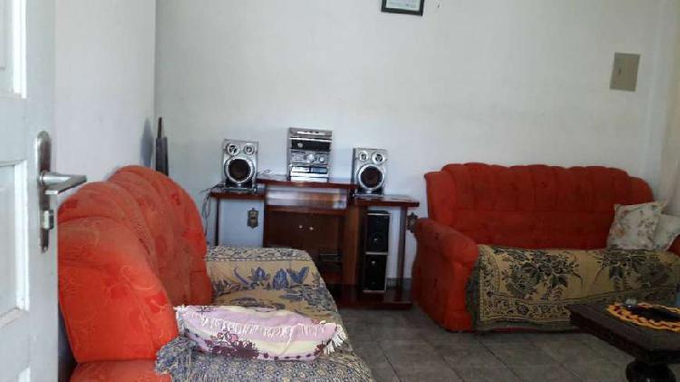 Casa com 4 quartos para alugar, 200 m² por r$ 550/dia cod.