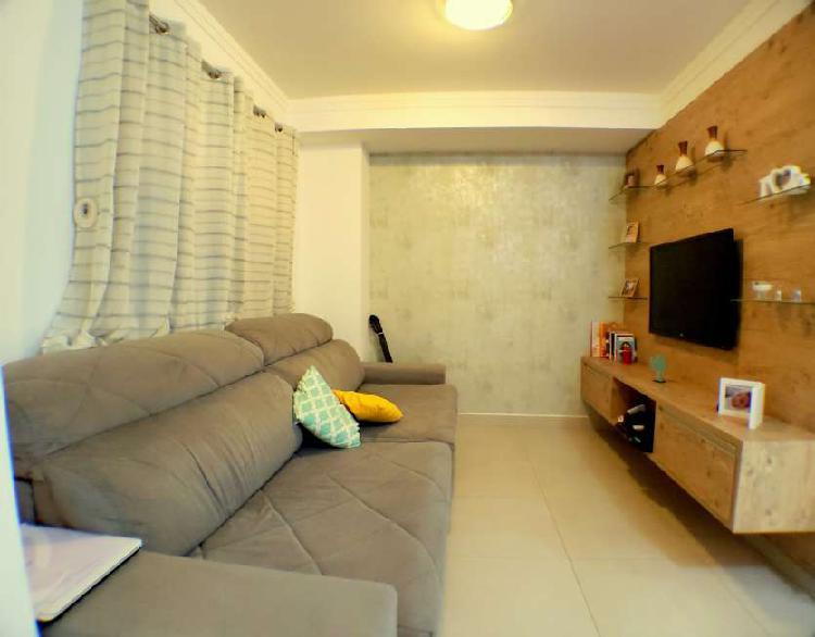 Casa de condomínio com 3 quartos para alugar, 115 m² por
