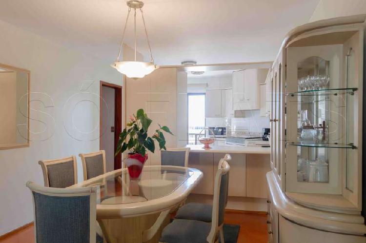 Flat com 3 quartos para alugar, 124 m² por r$ 3.630/mês