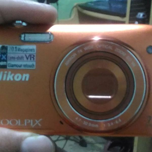 Nikon coolpix 20.1 mp 7x wide (câmera digital)