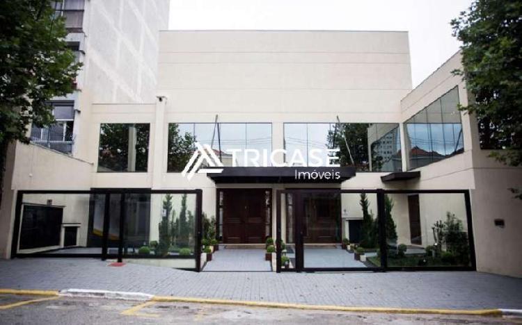 Ponto comercial com 10 quartos à venda, 1370 m² por r$
