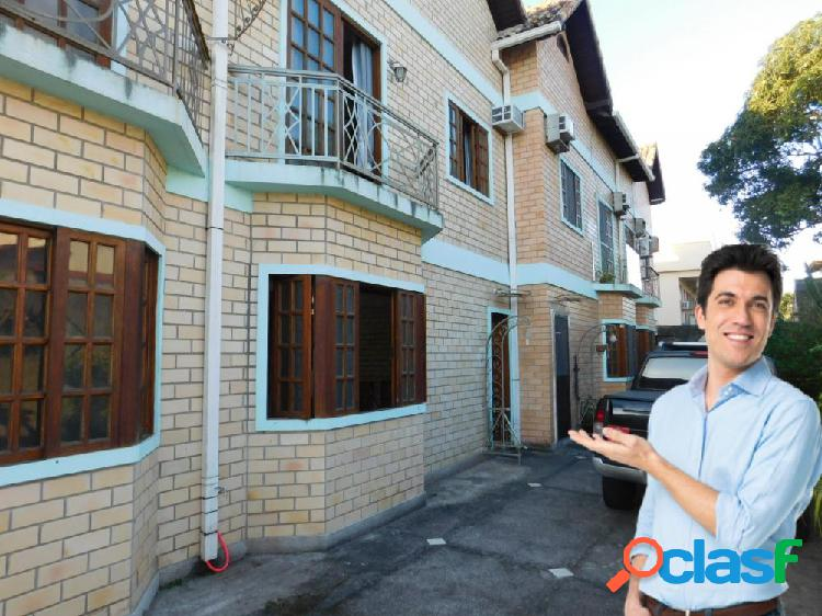 Casa de charme com 2 quartos - casa triplex para locação no bairro centro - rio das ostras, rj - ref.: in92737