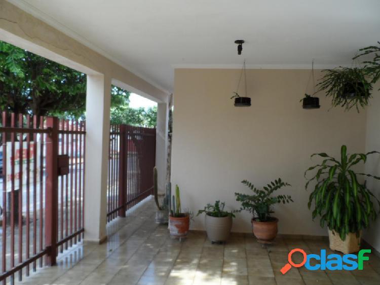 Casa próxima a santa casa de araçatuba - casa a venda no bairro jardim paulista - araçatuba, sp - ref.: mm01996