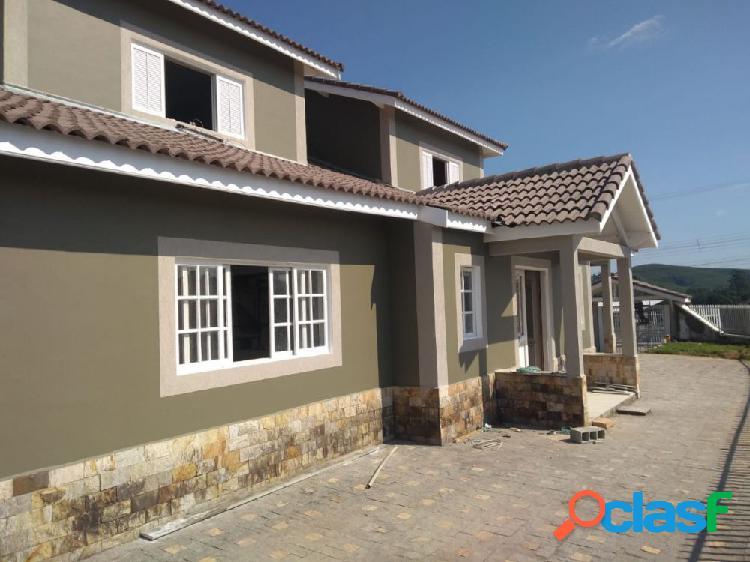 Casa espetacular 250m² em igaratá - casa alto padrão a venda no bairro rosa helena - igarata, sp - ref.: sc00245