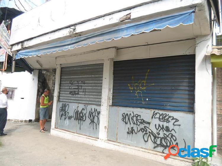 Lojão com deposito com 300m² - Loja para Aluguel no bairro Santa Catarina - São Gonçalo, RJ - Ref.: TRA04136