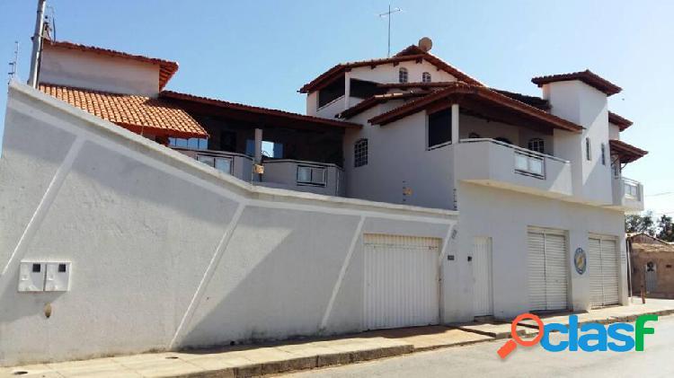 Excelente casa com ponto comercial no bairro padre eustáquio - casa a venda no bairro padre eustáquio - janaúba, mg - ref.: li34835