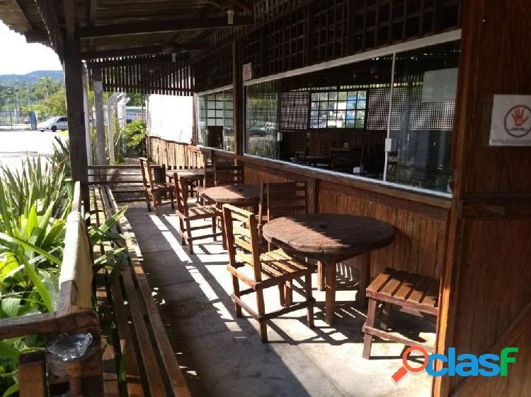 Casa de show Coqueirão - Casa Comercial a Venda no bairro Jardim Ponte Grande - Mogi das Cruzes, SP - Ref.: COM01