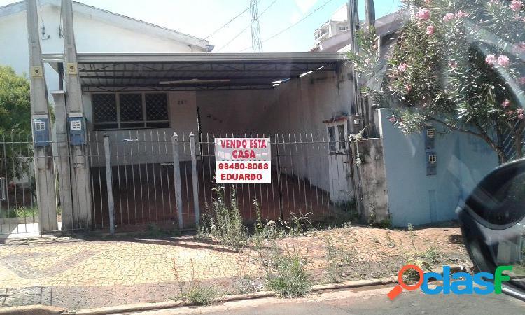 Casa a Venda no bairro Jardim São Pedro - Americana, SP - Ref.: EVCASA002