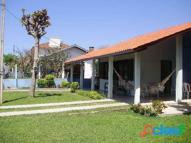 03 dormitórios - ar condicionado - casa para temporada no bairro ingleses - florianópolis, sc - ref.: da044