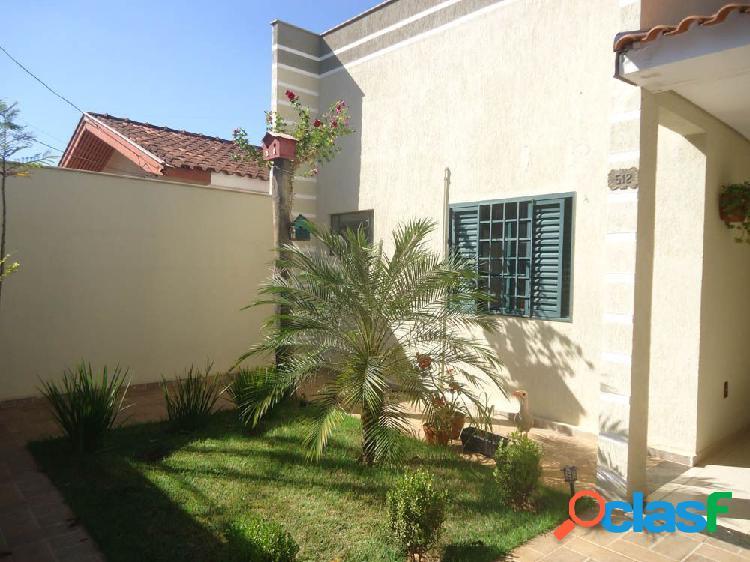 Ótima casa no jardim dona amélia. localização privilegiada!! - casa a venda no bairro dona amélia - araçatuba, sp - ref.: cv-22