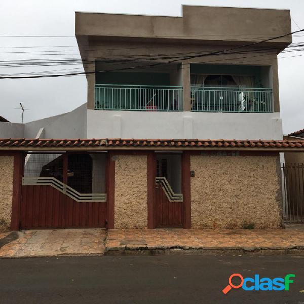 Vende-se sobrado com 3 residencias em ouroeste-sp - casa a venda no bairro centro - ouroeste, sp - ref.: fs0081