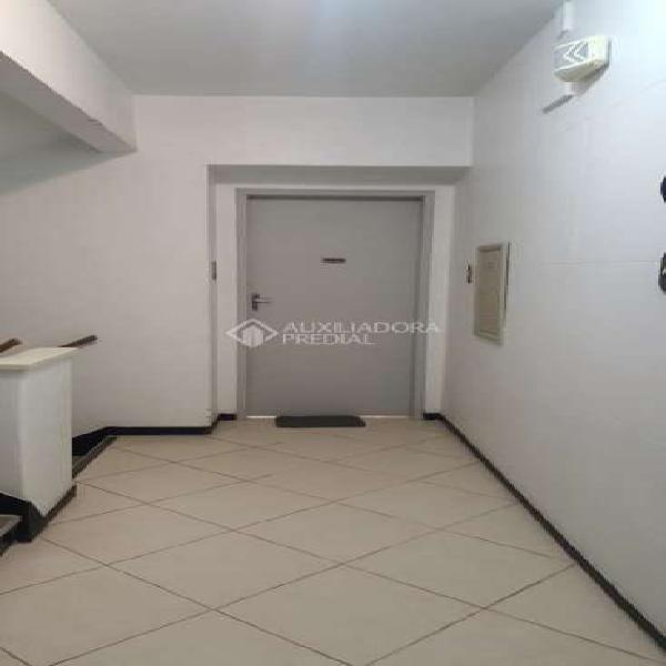 Apartamento com 3 quartos à venda, 90 m² por r$ 299.000