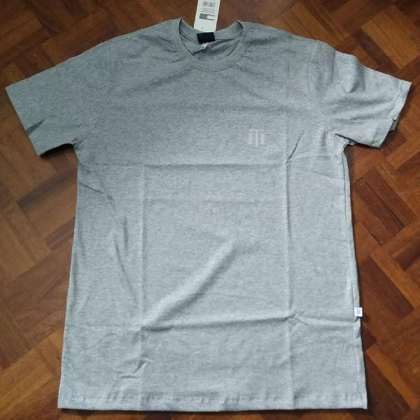 Camiseta tommy hilfiger manga curta cinza