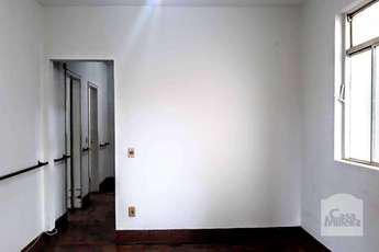 Casa com 3 quartos para alugar no bairro prado, 205m²