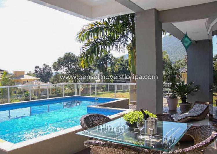 Casa de condomínio com 4 quartos à venda, 350 m² por r$