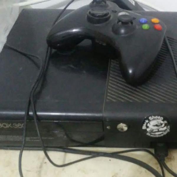 Xbox 360 travado+ jogos originais
